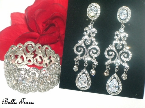 anna-stunning-cz-wedding-bracelet-and-earring-set-special-8[1]