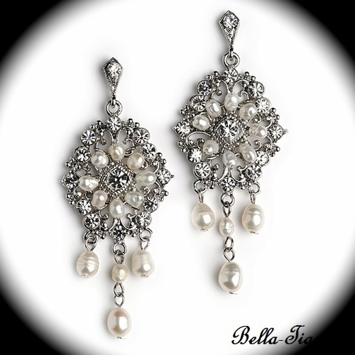 thalia-romantic-off-white-crystal-bridal-earrings-special-23[1]